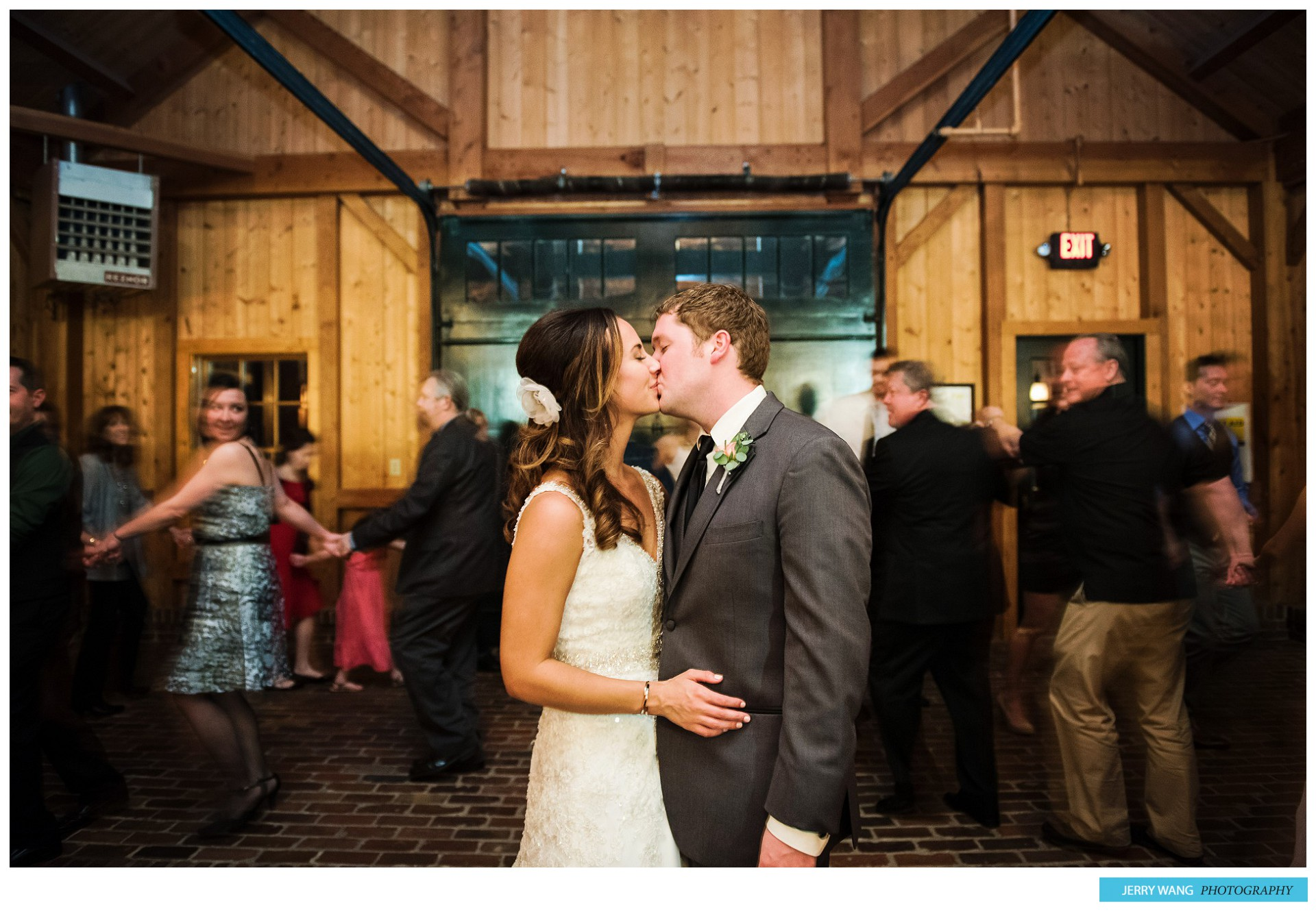 K&J_Mildale Farm Wedding_Bonner Springs_042