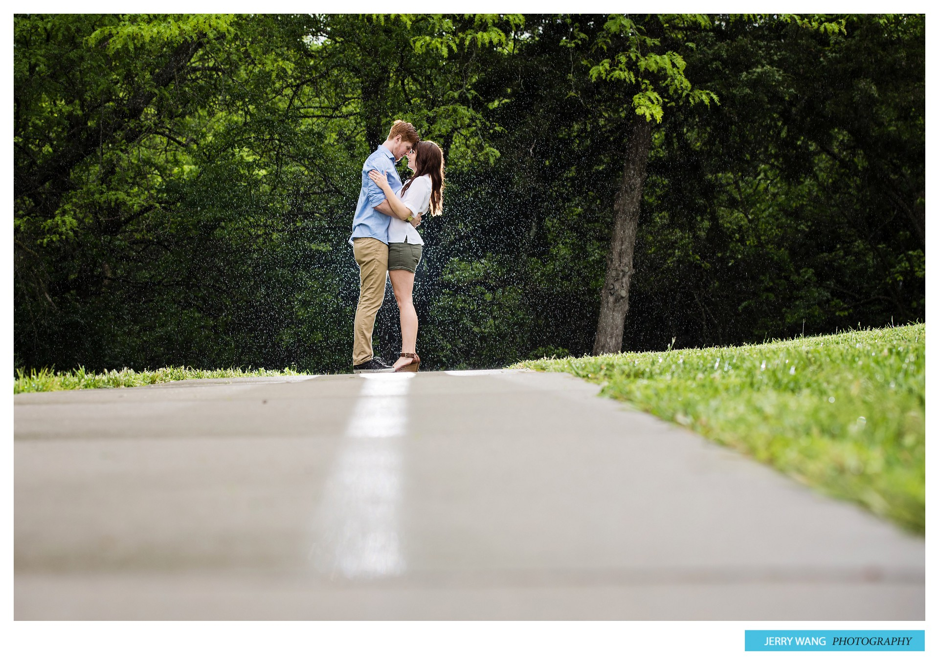 M&K_Engagement_Session_Lawrence_KS_Rain_Blog_007