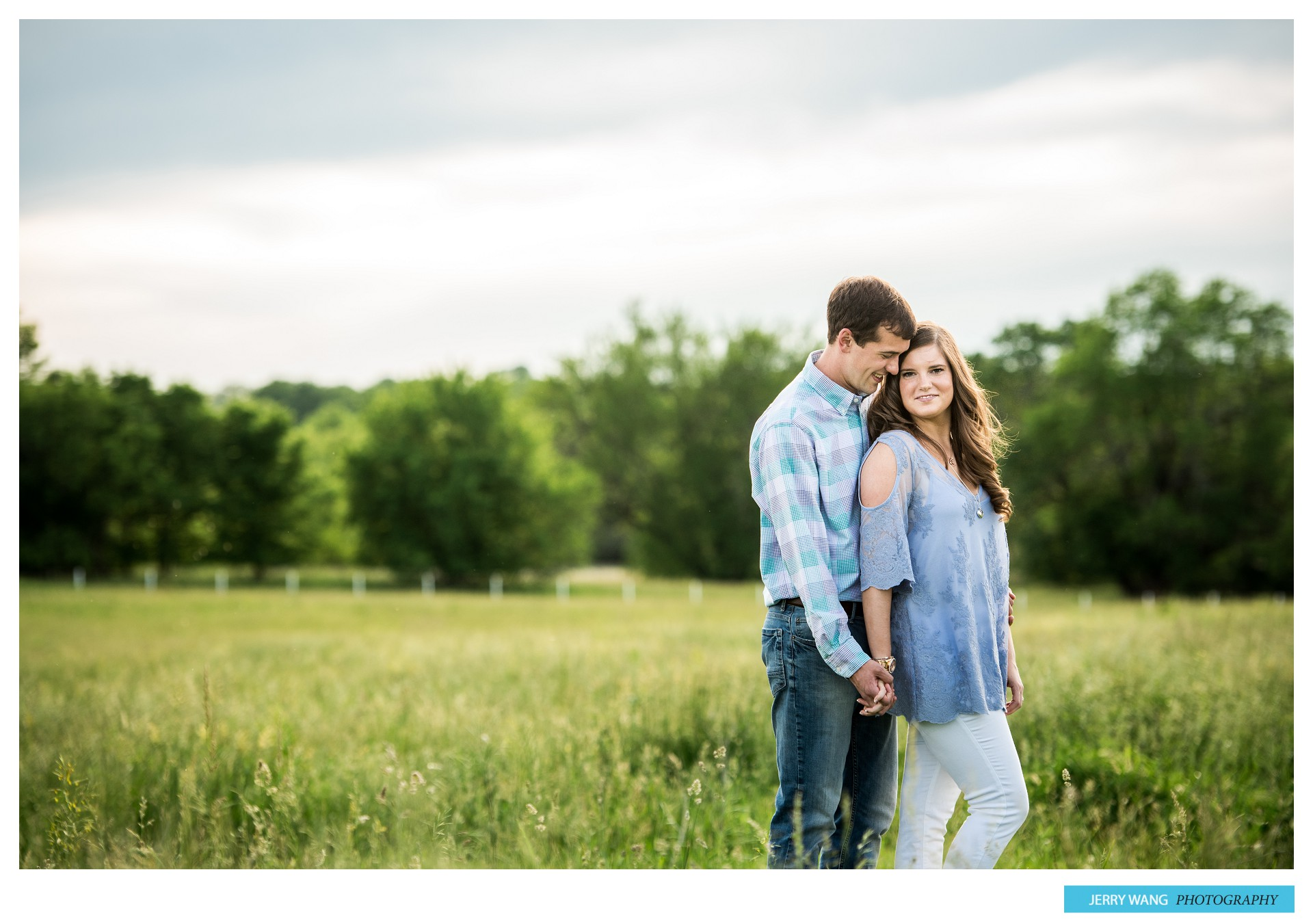 S&B_Spring_Hills_Kansas_Hickory_Creek_Engagement_Session 8